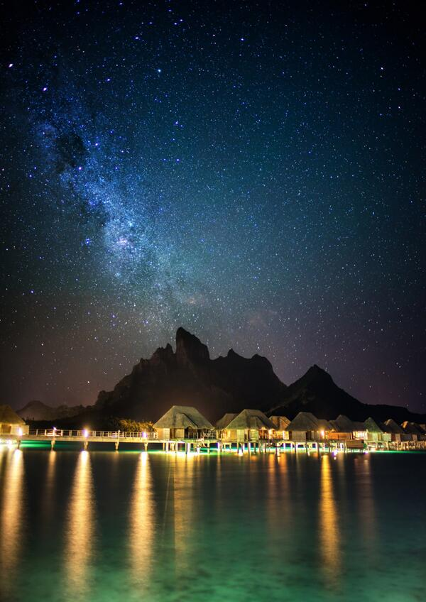 Capturing the mystical beauty of Bora Bora, New Zealand photographer Trey Ratcliff sharing his experiencing on Twitter and Google Plus as he arrived at the Four Seasons Bora Bora at night.